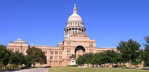 440px-Texas_State_Capitol_building-front_left_front_oblique_view
